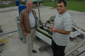 Dr Rob Wilson & Dr Navid Moheimani  Algae R&D Centre Murdoch Uni_0004
